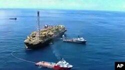 采油井架可能被转移到非洲