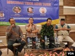 Dialog ''Mencegah Teror Akhir Tahun'' yang digelar di Jakarta, hari Rabu (4/12). (VOA/Fathiyah)