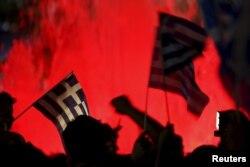 希腊选民拒绝国际债权人要求