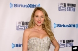 "Singer Jewel Kilcher attends ""Howard Stern's Birthday Bash,"" presented by SiriusXM, at the Hammerstein Ballroom in New York, Jan. 31, 2014."