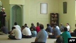 Intervistë me Imam Shuajb Gerguri, kryetar i Qëndrës Islamike Shqiptare në Harper Woods afër Detroitit