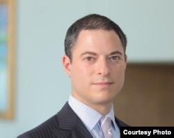 前联邦众议员奥克斯利的代理律师迈克尔·格罗斯曼