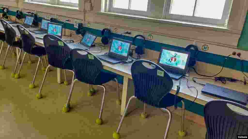 Visita à Matthew Elementary School em Austin, Texas.