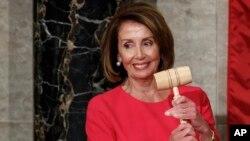 """Nancy Pelosi : """"Nous ne nous faisons pas d'illusions, notre travail ne sera pas facile"""""""
