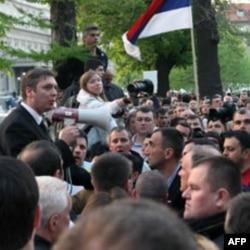 Zamenik predsednika SNS-a Aleksandar Vučić obraća se pristalicama u Beogradu