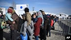 با بندش سرحد مقدونیه، تعداد زیادی از افغانها در یونان گیر خواهند ماند