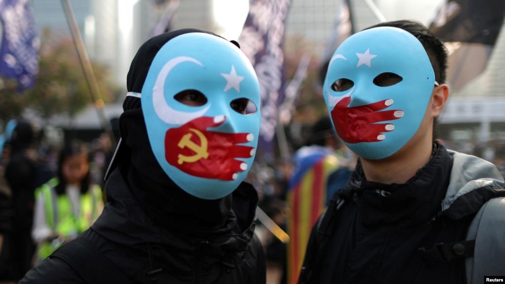 香港抗议者举行示威集会支持新疆维吾尔穆斯林人权。(2019年12月22日)