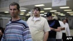 В США возросло количество заявок на получение пособия по безработице