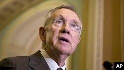 Según Harry Reid, hay que aceptar que no se hace lo suficiente para proteger a los ciudadanos.