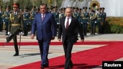 Prezidentlar Emomali Rahmon, Vladimir Putin Dushanbeda. 5-oktabr, 2012-yil.