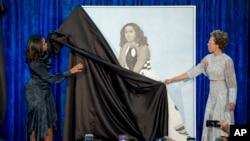 Bức họa chân dung bà Michelle Obama.