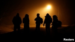 Un groupe de migrants a traversé la frontière des Etats-Unis à Emerson, Manitoba, Canada, 27 mars 2017.