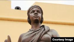 17世纪恩东戈王国和玛塔巴王国的王后恩金加·姆班德(安哥拉国家博物馆)