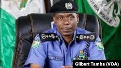 Mohammed Adamu, inspecteur general des services de police du Nigeria, Abuja le 29 juin 2020. (VOA/Gilbert Tamba)