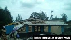 Bureau du parquet de kavumu saccagé par la population suite à l'impunité, en RDC le 18 septembre 2016. (VOA/NDSCI/Ernest Muhero)