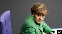 Almaniya kansleri Angela Merkel. 24 noyabr, 2014.