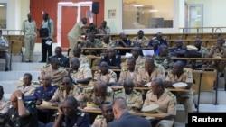 軍事專家在巴馬科討論如何收復馬里北部(2012年10月30日)