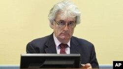 Pengadilan kejahatan perang PBB telah mendakwa mantan pemimpin Serbia Bosnia, Radovan Karadzic dengan kejahatan genosida (foto: dok).