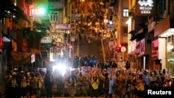 香港市民7月28日不顾警方反对继续在中环发起大游行