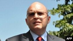Riker: Podrška kandidaturi Srbije