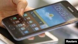 El tráfico anual de teléfonos inteligentes llegará a los 10 mil millones de gigabytes para el 2019.
