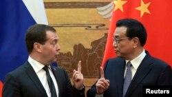 Дмитрий Медведев и премьер Госсовета Китая Ли Кэцян