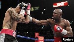 Mayweather, deportista con mejor sueldo del mundo pelea con Cotto, en el puesto 19.