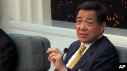 重庆市委书记薄熙来回答记者提问