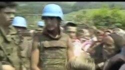 2012-05-16 美國之音視頻新聞: 前波黑塞族指揮官在海牙受審