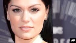 Jessie J arrives at the MTV Video Music Awards at The Forum, Aug. 24, 2014, in Inglewood, Calif.