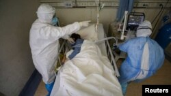 Wuhan'daki Wuchang Hastanesi Başhekimi Liu Zhiming'in de corona virüsü salgını nedeniyle hayatını kaybettiği açıklandı.