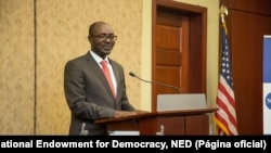 Rafael Marques recebe Prémio Democracia 2017 do NED