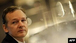 Lirim me kusht për themeluesin e faqes Wikileaks, Xhulian Asanzh
