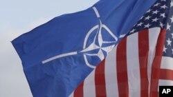 Suriye'ye olası bir askeri müdahalede ağırlıklı rol ABD'de olacak. NATO'nun bayrak gösterip göstermeyeceği ise henüz net değil.