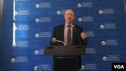 格茨1月18日在华盛顿世界政治研究所演讲(美国之音叶林拍摄)