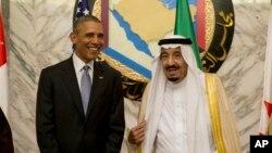 عربستان در میان دوازده کشوری قرار دارد که بیشترین اوراق قرضه آمریکا را خریداری کرده اند.