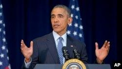 바락 오바마 미국 대통령이 14일 국무부에서 열린 재외공관장 회의에서 연설하고 있다.