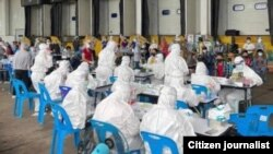 phetchabun ပက်ချဘွန်းပြည်နယ်ထဲက ကြက်သားစက်ရုံမှာ ကိုဗစ်စစ်ဆေးနေပုံ ( ဒေသခံကျန်းမာရေးအဖွဲ့)
