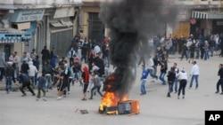 Argélia: Populares exigem demissão do governo
