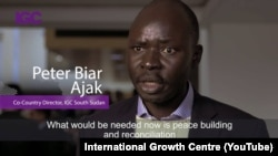 Peter Biar Ajak lors d'une interview pour le International Growth Centre. (Capture d'écran YouTube)