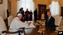 APTOPIX Vatican Pope Trump
