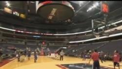 2012-02-10 粵語新聞: NBA華裔球員林書豪大受觀眾歡迎