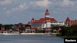 Le parc d'attraction de Walt Disney World Resort à Orlando où un garçon de 2 ans a été happé par un alligator en Floride, Etats-Unis, 15 juin 2016. REUTERS / Adrees Latif - RTX2GF6M