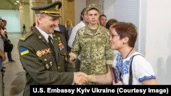 Посольство США в Україні привітало ветеранів з Днем захисника України