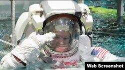 NASA astronavtı Skot Tinql