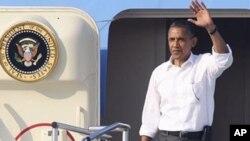 ڈیموکریٹوں کو شکایت ہے کہ صدر نے' ٹی پارٹی' کی سب شرائط مان لیں
