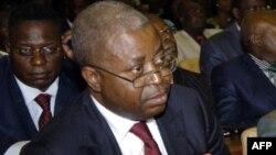 L'ancien Premier ministre Adolphe Muzito, à Kinshasa, le 16 février 2012.
