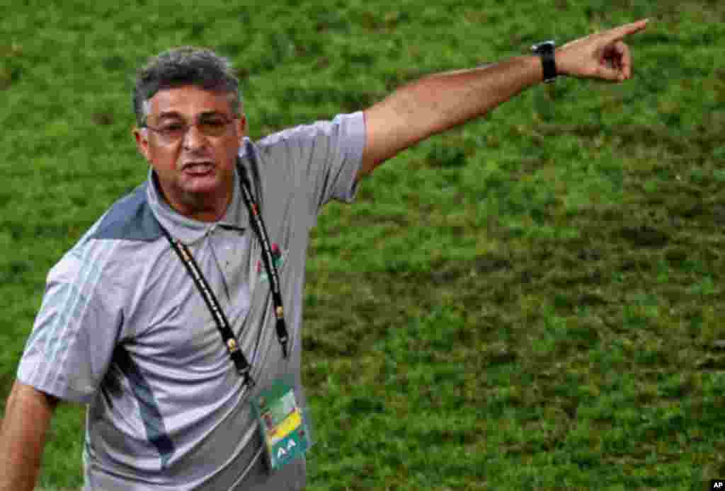 "Libya's head coach Paqueta of Brazil reacts during their African Nations Cup Group A soccer match against Zambia at Estadio de Bata ""Bata Stadium"", in Bata"