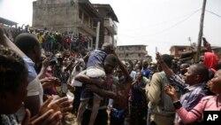 Umwana atabawe igihe igorofa i Lagos yasenyuka
