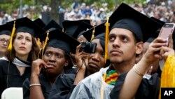 """CSU se define como """"la más vasta red de universidades del país, la más diversa y una de las más accesibles"""" por su costo."""